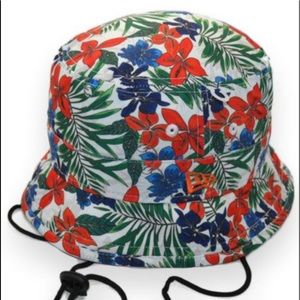 NWOT NEW ERA FLORAL LARGE BUCKET HAT